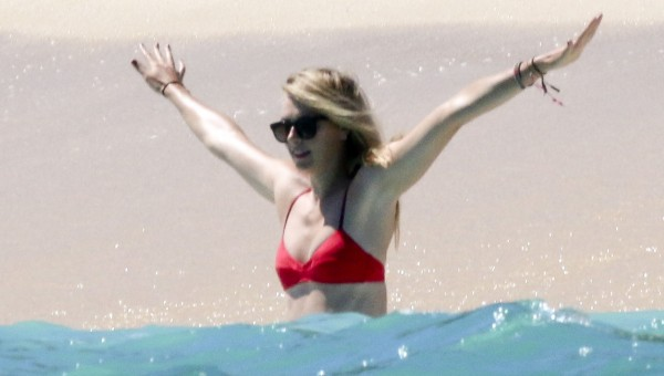 На пляже в Мексике – Мария Шарапова