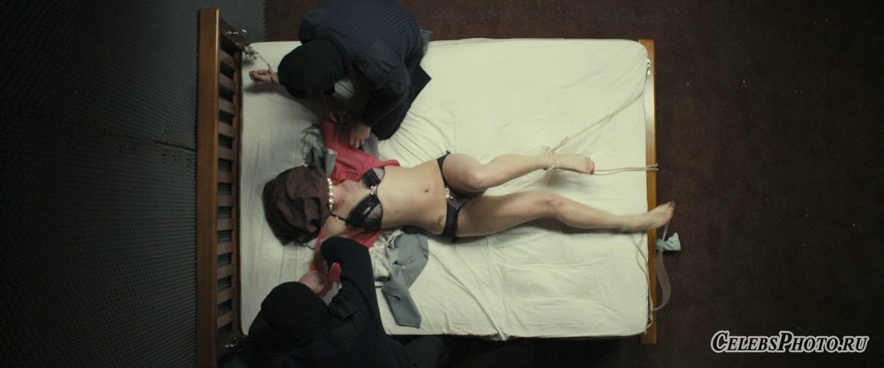Исчезновение Элис Крид – Джемма Артертон