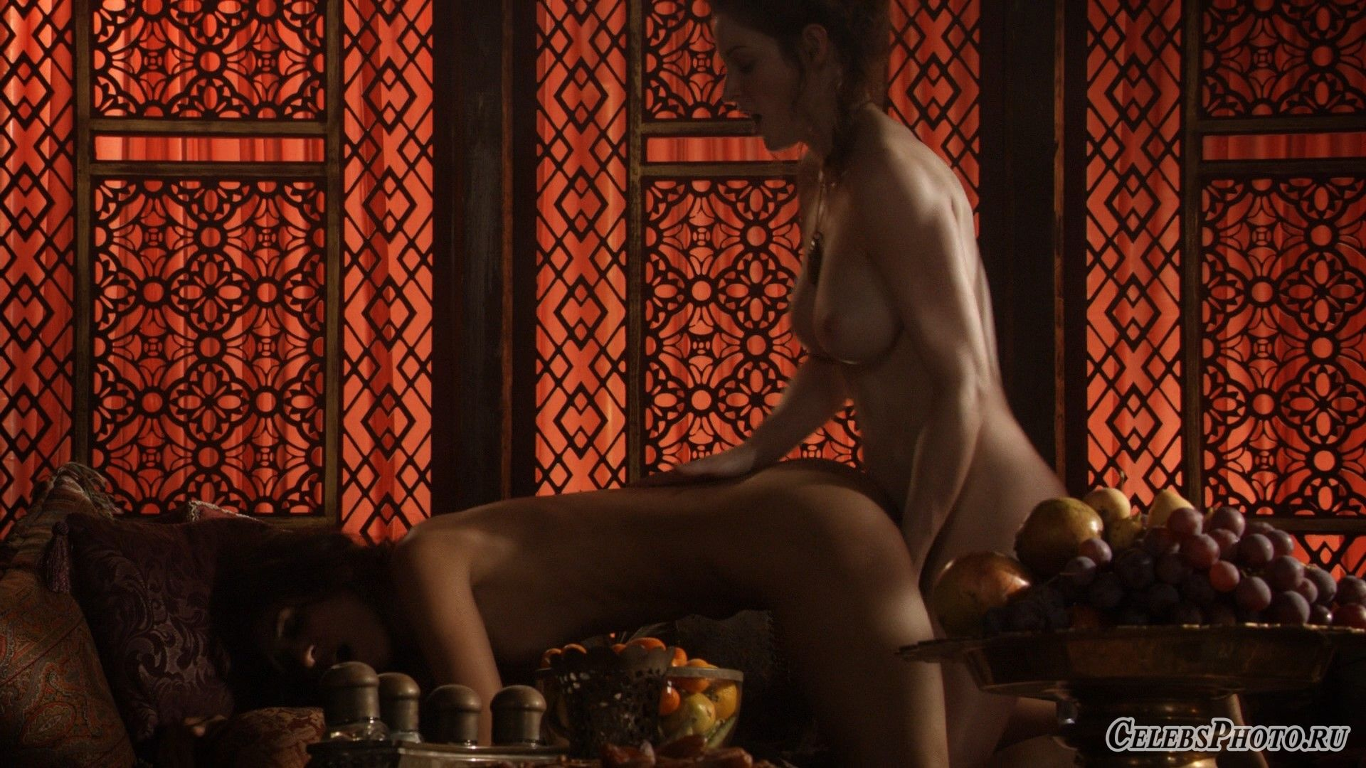 seks-devchonki-video-onlayn