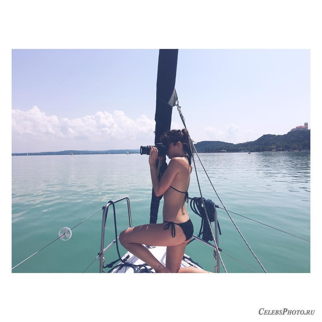 Instagram – Ана де Армас
