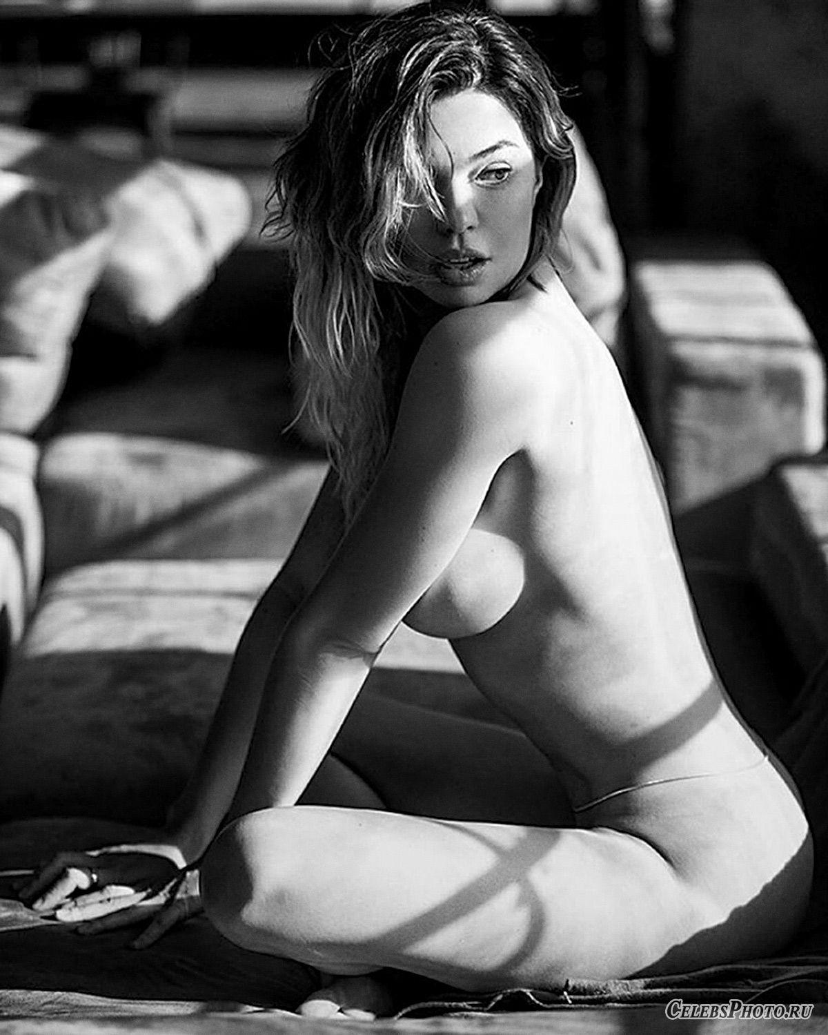 Maxim – Карина Зверева